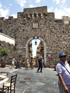 Taormina gateway